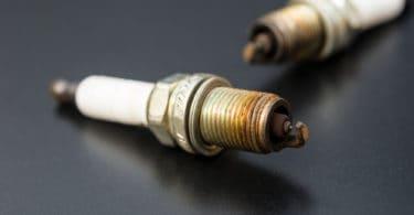 symptoms of bad spark plug