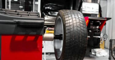 wheel balancing vs wheel alignment