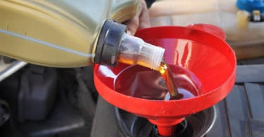 how long does an oil change take
