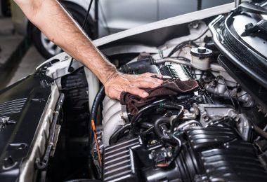 Engine knocking causes