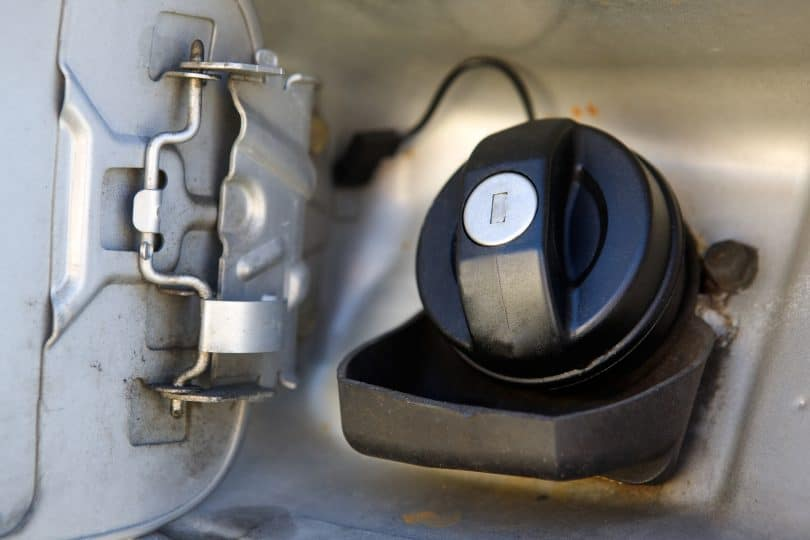 symptoms of a bad gas cap